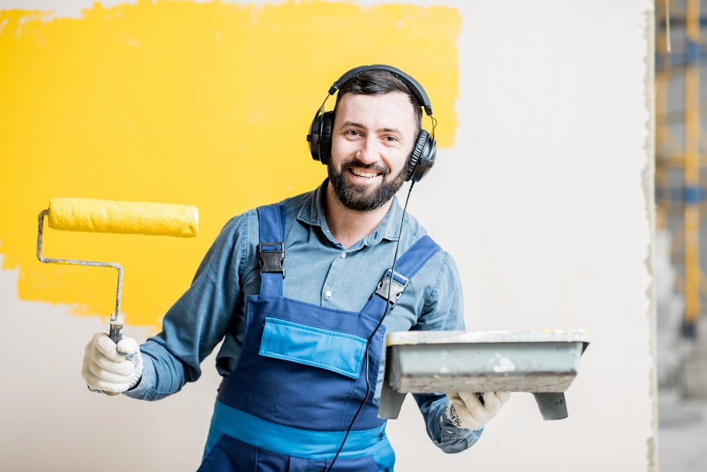 Painter listening