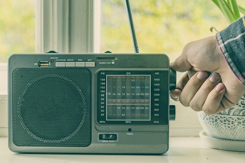 adjusting radio settings